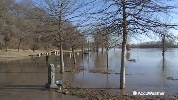 Residents prepare ahead as historic flooding shifts south