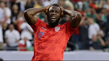 US men fail to follow women, lose Gold Cup final to Mexico