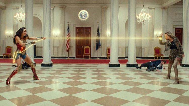 New 'Wonder Woman 1984' Trailer Finally Reveals Kristen Wiig's Cheetah  Transformation | wfaa.com