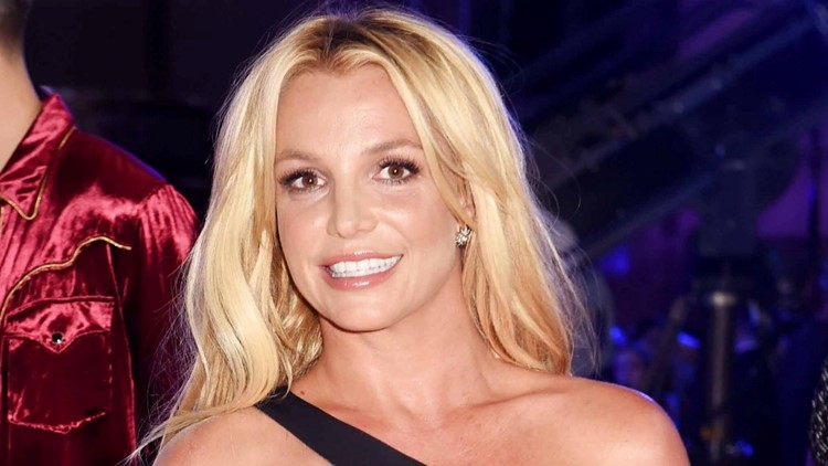 Britney Spears Says She 'Couldn't Stay Away From the Gram' as She Returns to Instagram