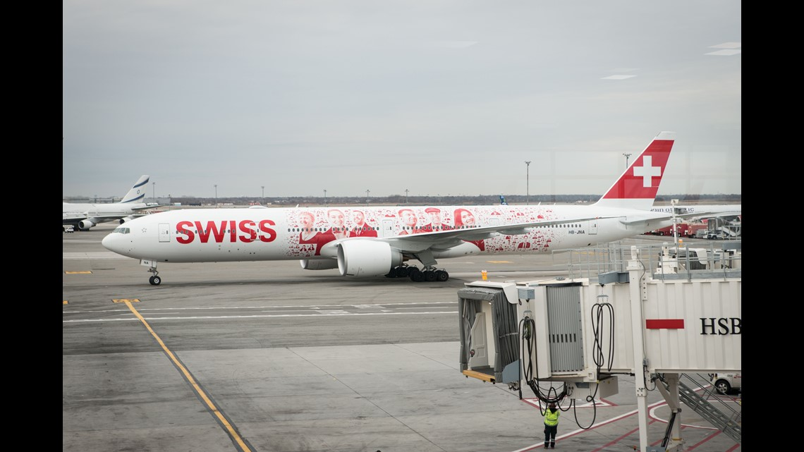 Swiss Airlines makes 1st U S  flight with 'flagship' Boeing