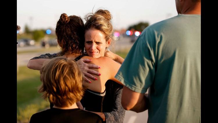 AP APTOPIX RESTAURANT SHOOTING-OKLAHOMA A USA OK