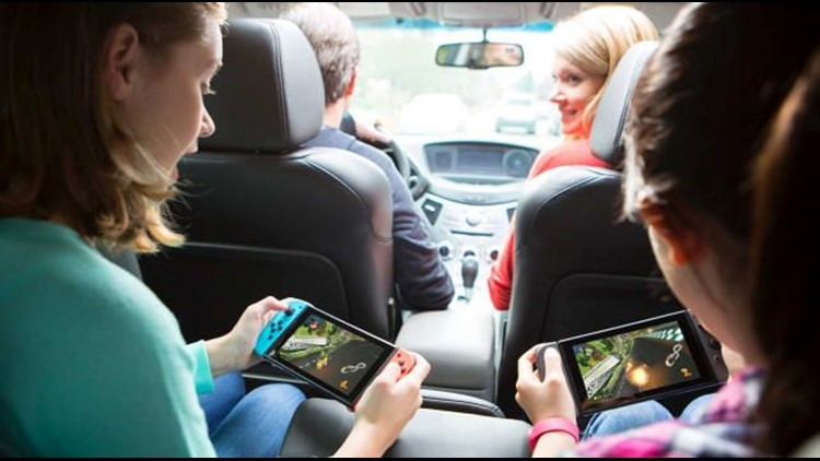Gifts-for-him-2018-nintendo-switch.jpg