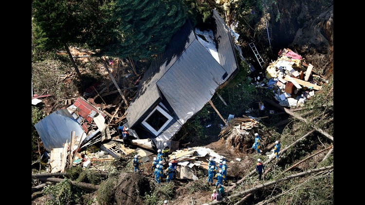Rescuers rush to save Japan quake victims as death toll on Hokkaido