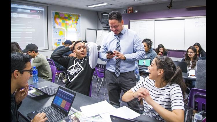 Arizona teachers leave for California