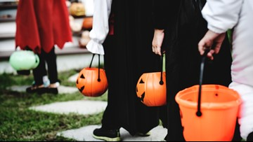 VERIFY: Does an Oklahoma town require trick-or-treaters to prove they live there?