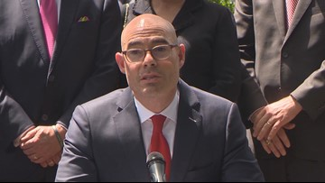 At GOP caucus meeting, House Speaker Dennis Bonnen offered resolution calling for his own resignation