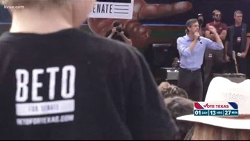 O'Rourke speaks in Austin before Election Day, Cruz rallies in North Texas