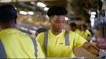 FedEx looks to fill more than 3,000 seasonal positions in DFW