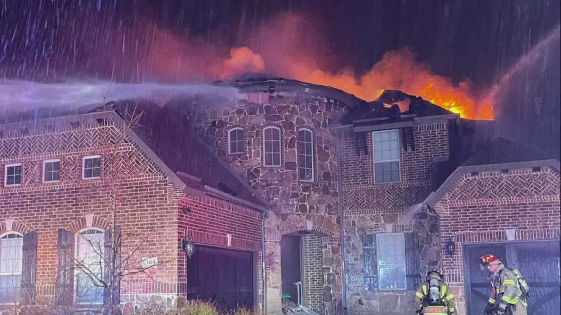 At least 6 fires reported overnight across North Texas