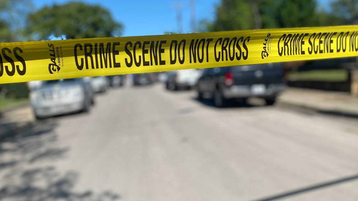 Officials: 1 severely injured in Fort Worth police shooting