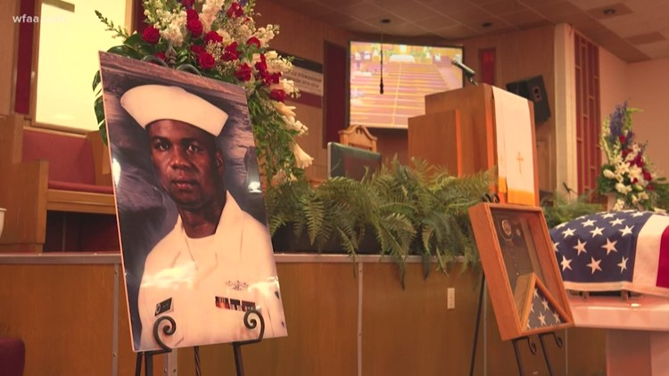 Veteran dead in his DeSoto apartment for 3 years finally laid to rest as questions still linger
