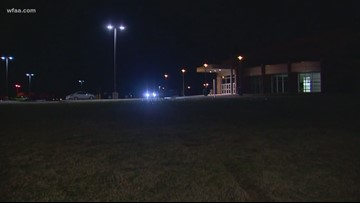 2 injured in shooting at school parking lot, Fort Worth police say