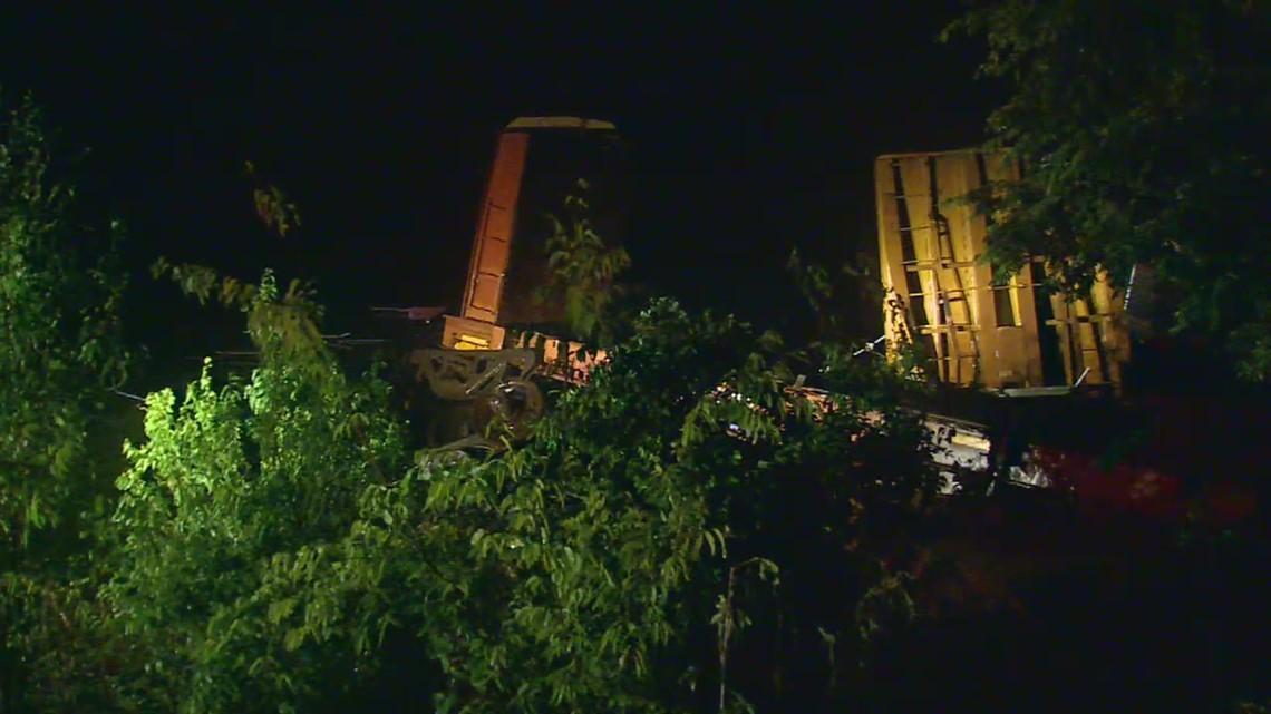 RAW: Train derailment in Farmersville