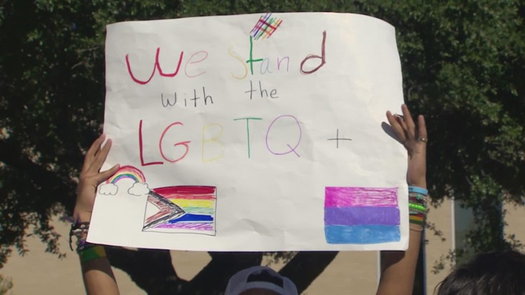 Hundreds of students walk out of MacArthur H.S. in Irving to support LGBTQIA+ classmates