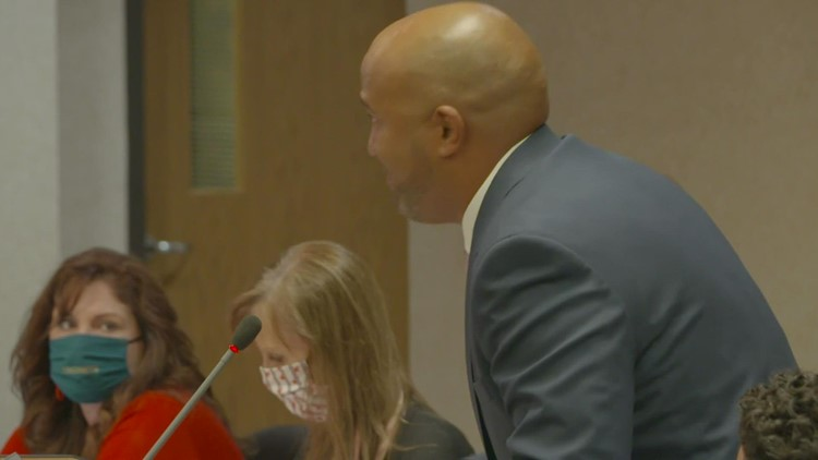 'Don't Southlake my Grapevine': Parents and students support embattled principal after contract not renewed by district