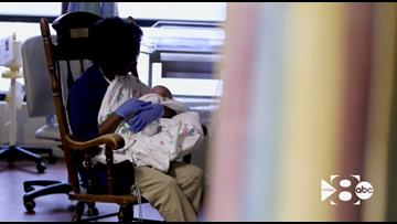 Volunteer cuddlers bring comfort to NICU babies at Medical City Plano
