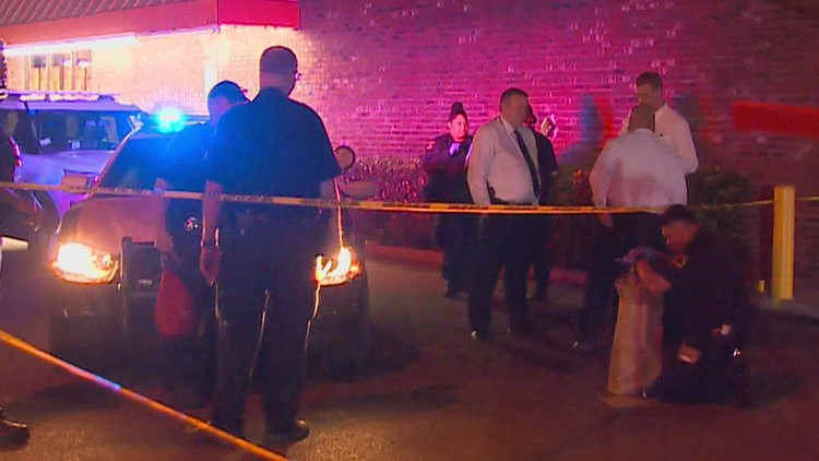 1 woman killed, another shot in overnight dispute, Dallas police say