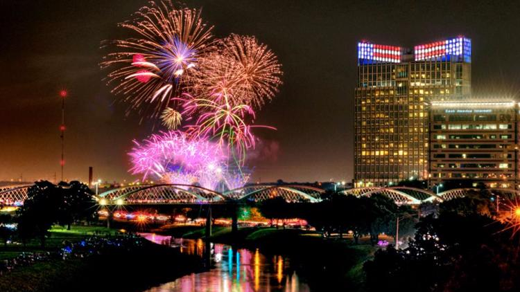 28 minutes of fireworks: Display being set up at Panther Island Pavilion for 'Fort Worth's Fourth'