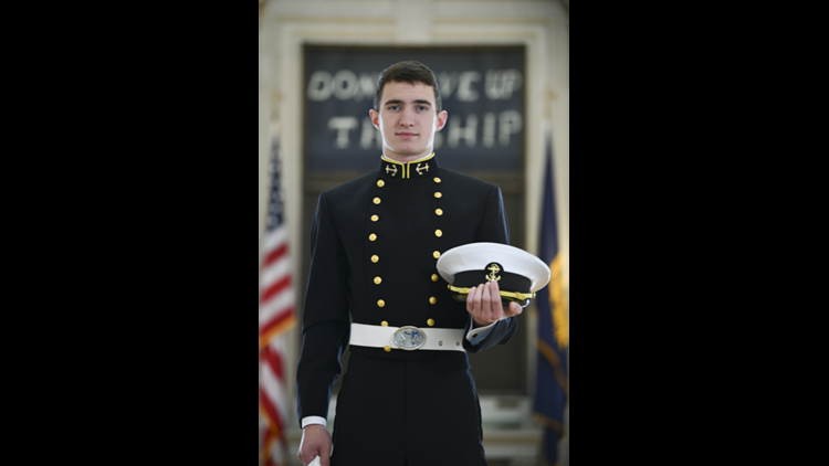 'That hit me incredibly hard': McKinney man says volunteering with Carry The Load led him to Naval Academy