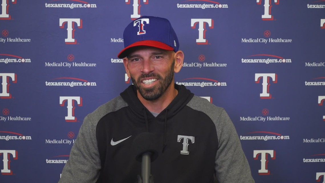 1-on-1 with Texas Rangers manager Chris Woodward