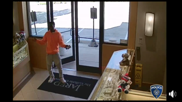 Man 'shimmies' before allegedly stealing diamond worth estimated $23K, police say