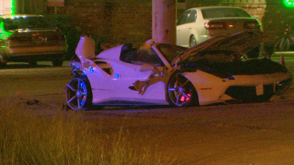 Watch Boxer Errol Spence S Ferrari Flips Multiple Times In Dallas Crash Wfaa Com