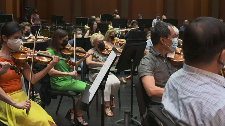 'We're coming back home': Fort Worth Symphony Orchestra returns to Bass Hall for first time since pandemic began