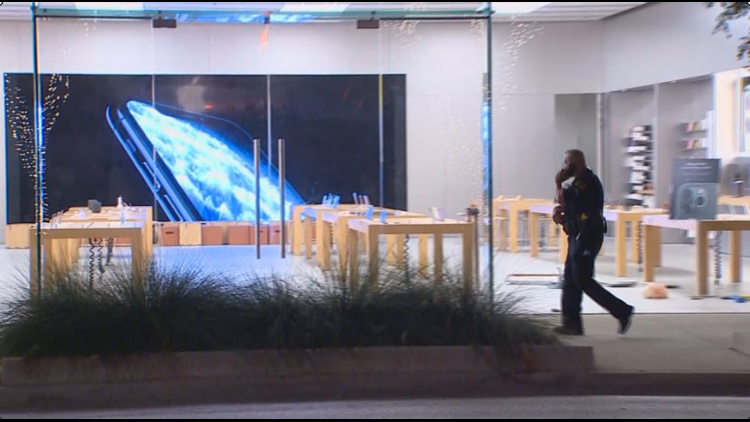 Apple store robbery fatal shooting