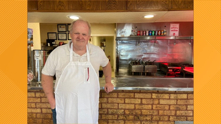 If you haven't tried Mac's Bar-B-Que, you'd better hurry. After 66 years, the Dallas staple is set to close.