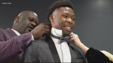 Shaquille O'Neal surprises South Oak Cliff High School senior, helps him pick new wardrobe