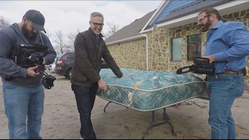 Verify: Do mattresses double in weight from dead skin and dust mites?