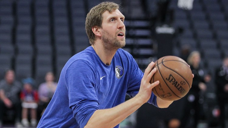 Mavericks' Nowitzki done for season after ankle surgery
