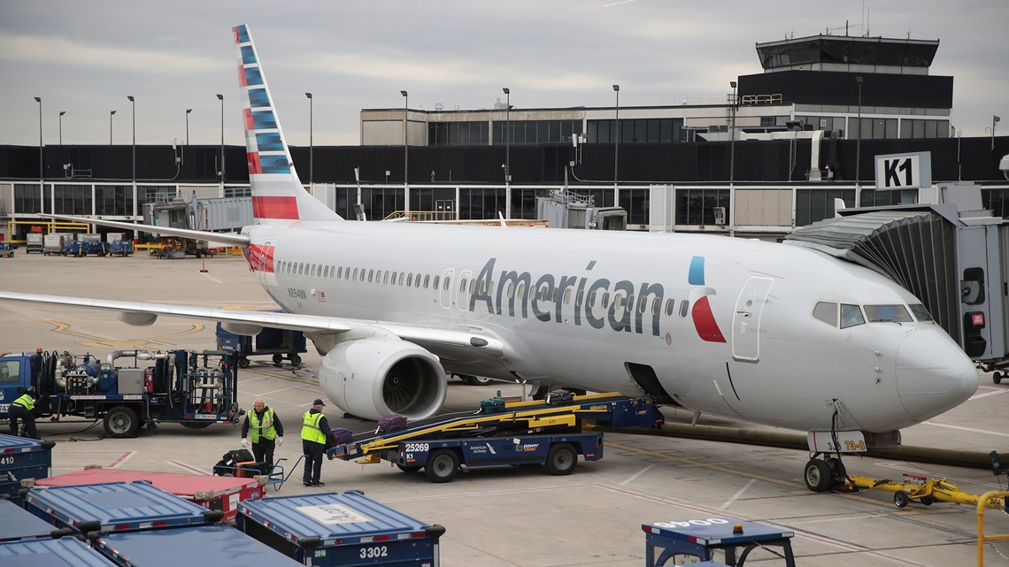 Union alleges gender discrimination at American Airlines