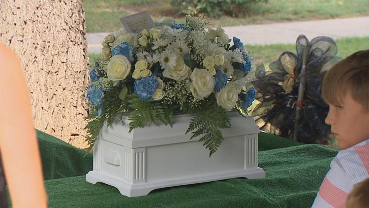 cashh's casket_1531861138906.JPG.jpg