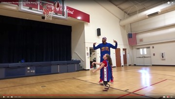 Watch: 10-year-old double amputee's special reunion with Harlem Globetrotter in Arlington