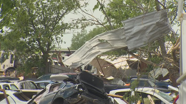 Injuries, damages reported after tornadoes hit in North Texas, including EF2 near Waxahachie
