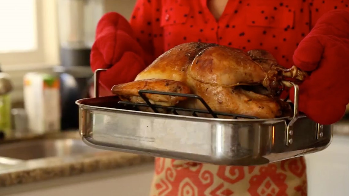 Looking to dine out this Thanksgiving? These DFW restaurants and malls are open Thanksgiving Day