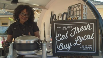 Retired Dallas police officer opens doggy food truck