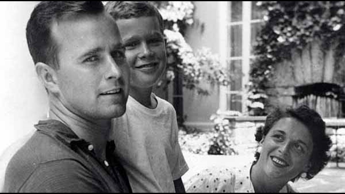 Photos: Bush family album