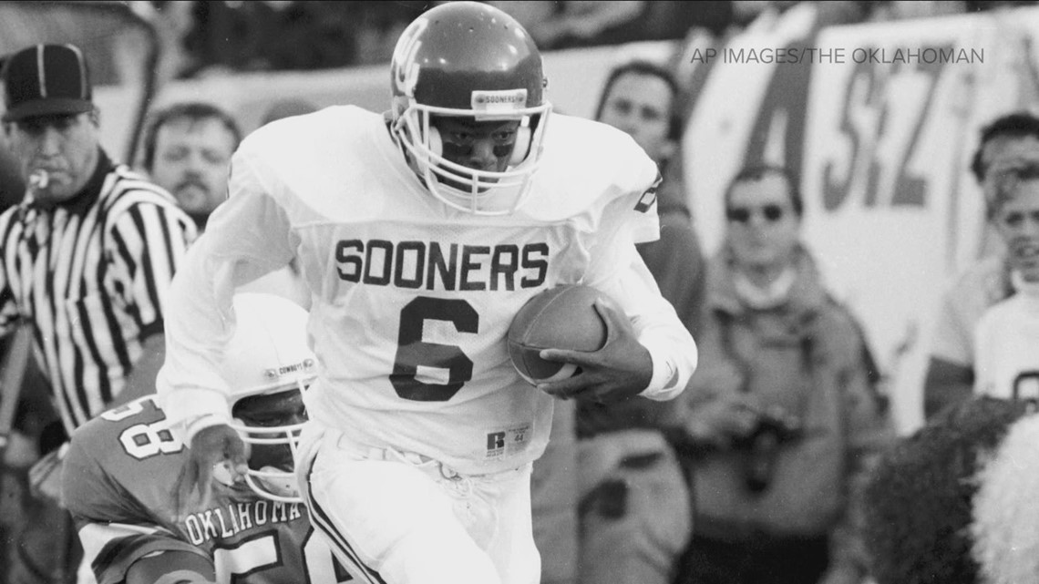 Former OU quarterback's son to lead Texas in Red River Rivalry game: 'If [Texas] wins, I'll wear orange and say 'Hook 'em!'