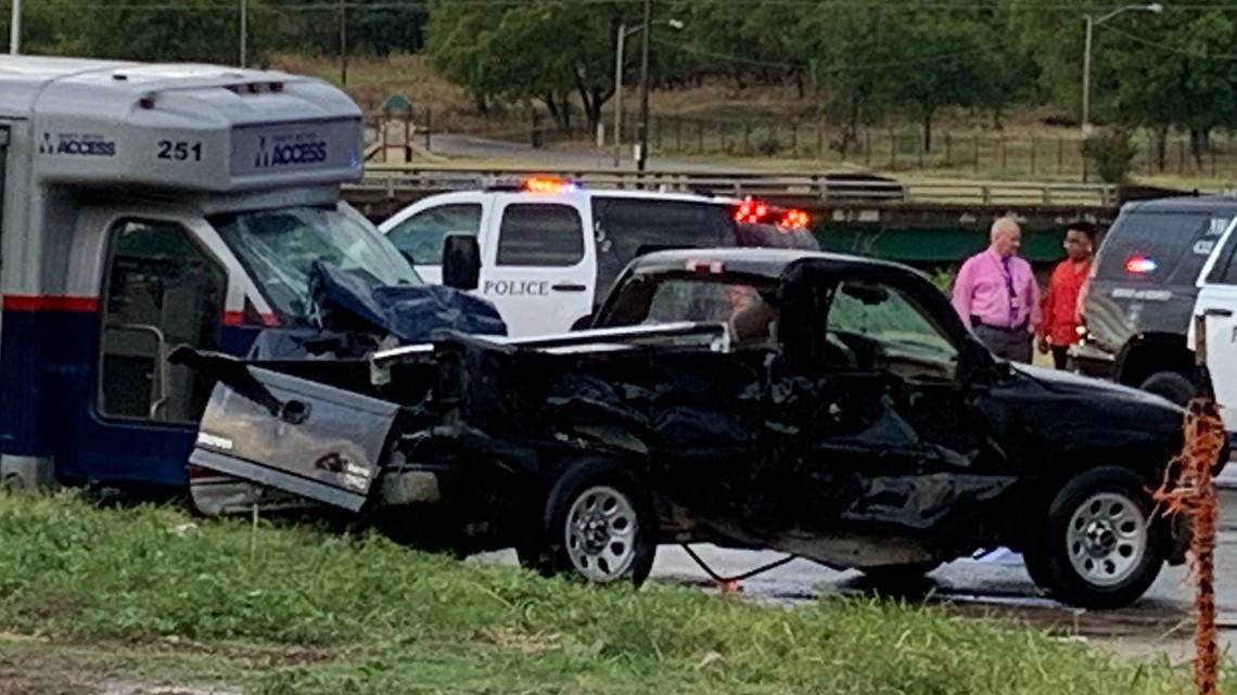 Fort Worth Trinity Metro bus crash kills 1, injures 2   wfaa com