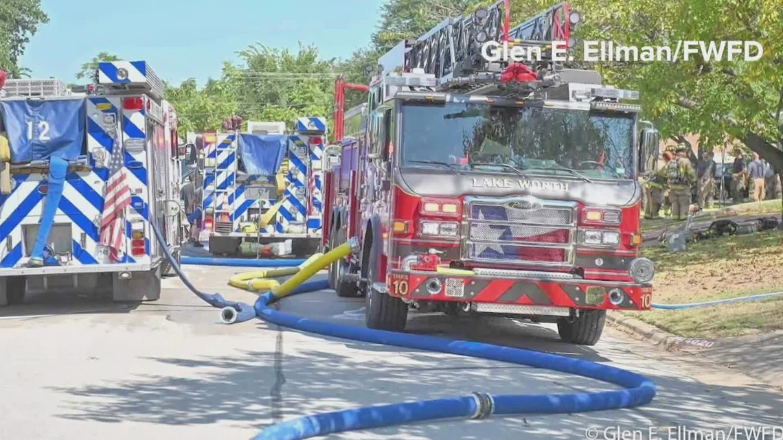 Instructor pilot released from hospital after jet crashes in Lake Worth neighborhood