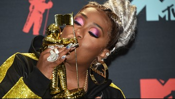 In under seven minutes, Missy Elliott did that at the VMAs