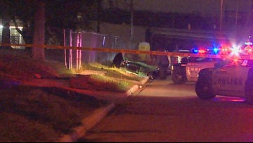 Body found on side of road in South Dallas, police say