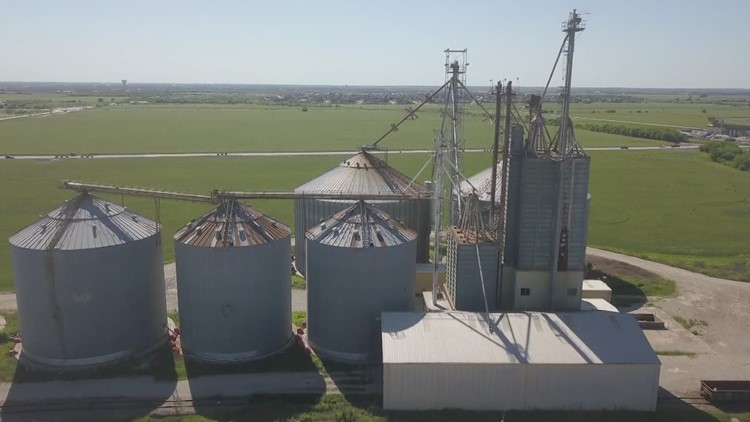 'It's hundreds of years of history': Four Prosper silos to be removed, a sign of changing landscape