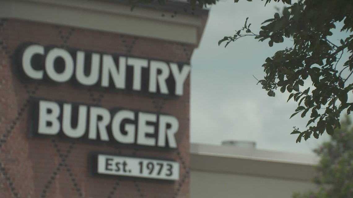 Major burger chain asks North Texas restaurant Country Burger to remove 'double-double' from menu