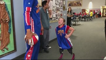 10-year-old wildfire survivor's special reunion with Harlem Globetrotter in Arlington