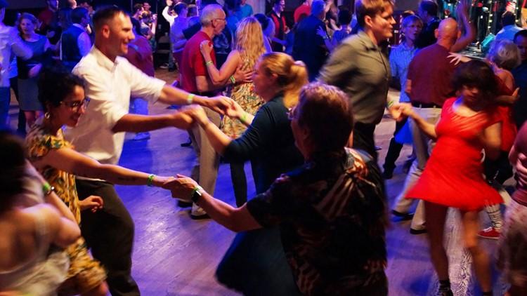 Swing Dancing Human Contact Making A Comeback Wfaa Com