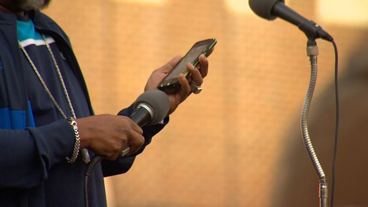 An audience expecting to see Rev. Al Sharpton onstage, instead saw a man holding a cellphone to a microphone